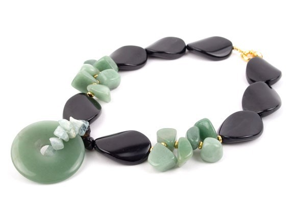 Crackle Mint Agate Necklace
